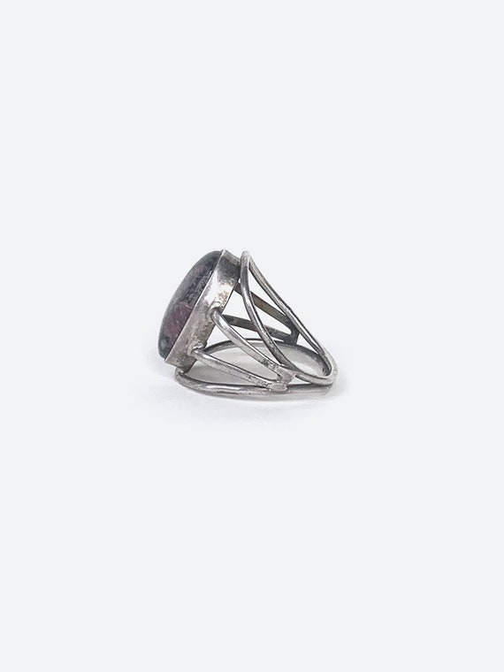 Grey Stone Silver Ring - image 3