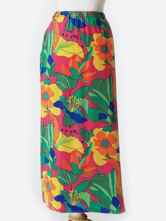 Vibrant Tropical Print Silk Wrap Skirt - image 3