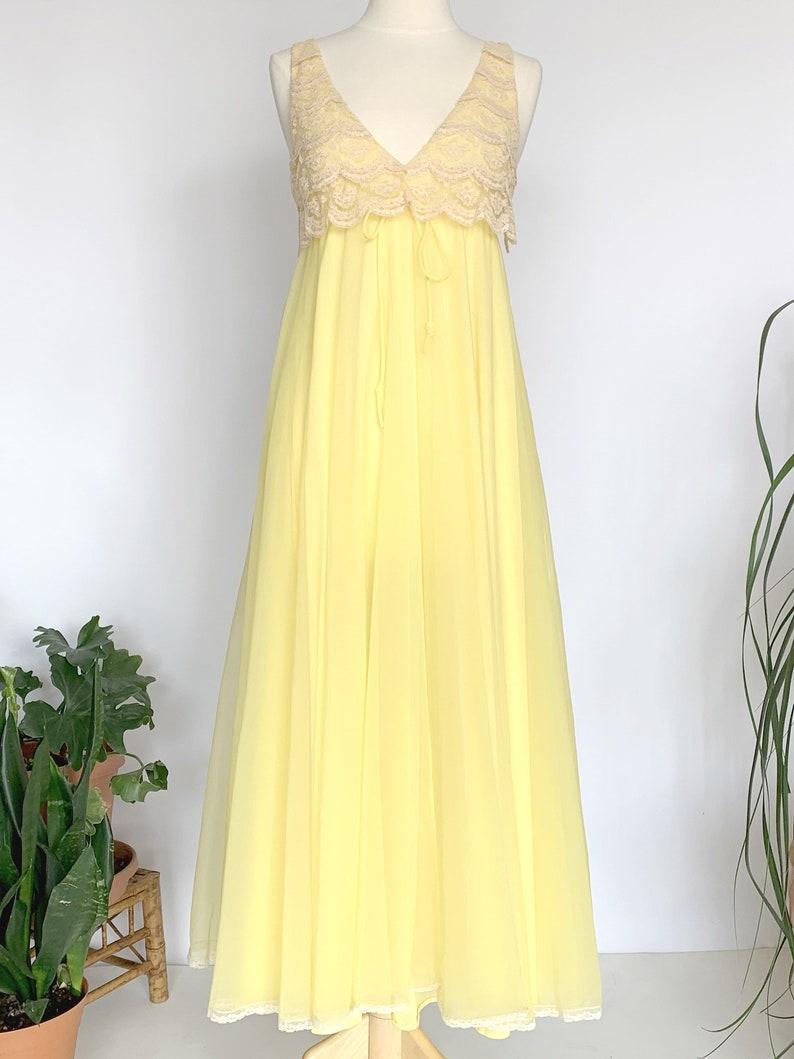 70/'s Bright Yellow Maxi Nightie