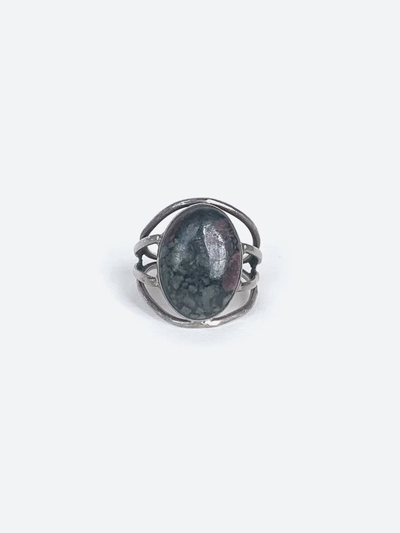 Grey Stone Silver Ring - image 1