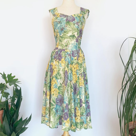 80's Hawaiian Green Floral Dress