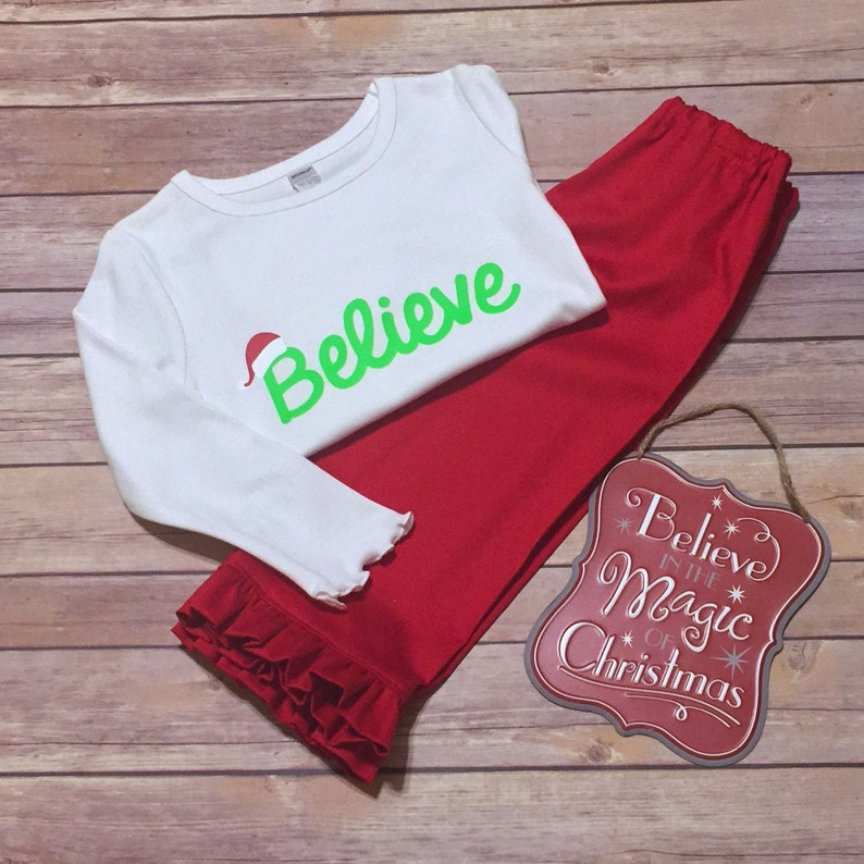 38d358cc5 Little Girl Holiday Tee   Pants Set of 2 Size  2T
