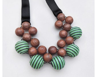 Wooden Jewelry / Boho Necklace / Natural Jewelry / Wood Necklace / Statement Necklace / Wooden Necklace / Beaded Necklace / Chunky Necklace