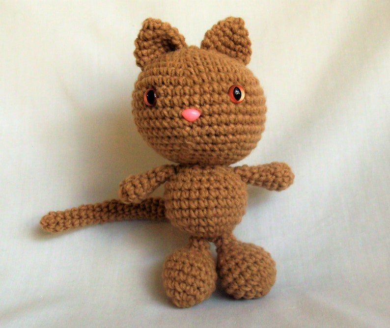 Crochet amigurumi cat doll with removable clothes PDF | Etsy | 668x794