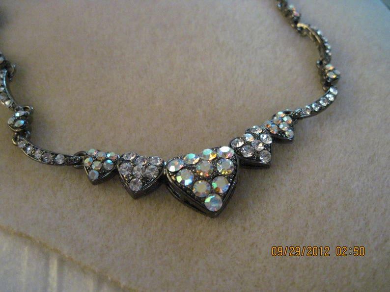 Vintage BEAUTIFUL Gunmetal Rhinestone Scalloped Heart Necklace...2733...Bridal Wear or Anytime