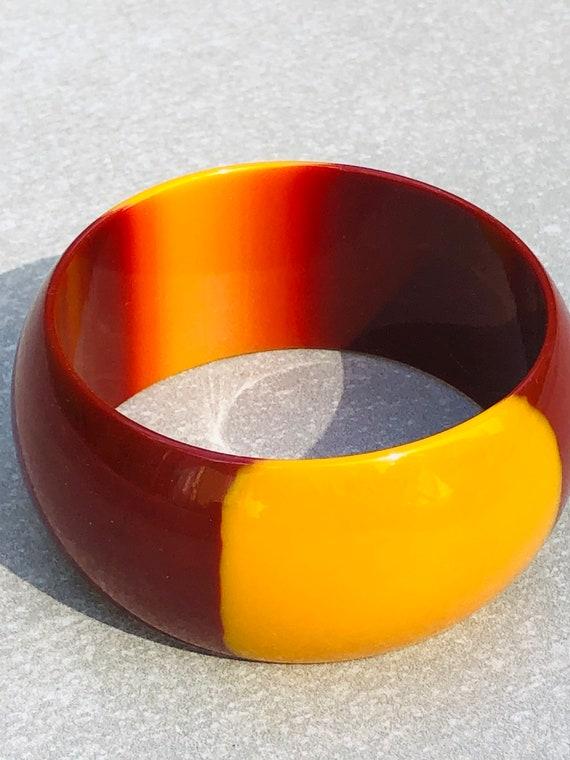 Two Tone Lucite Vintage Wide Bangle Bracelet - image 3