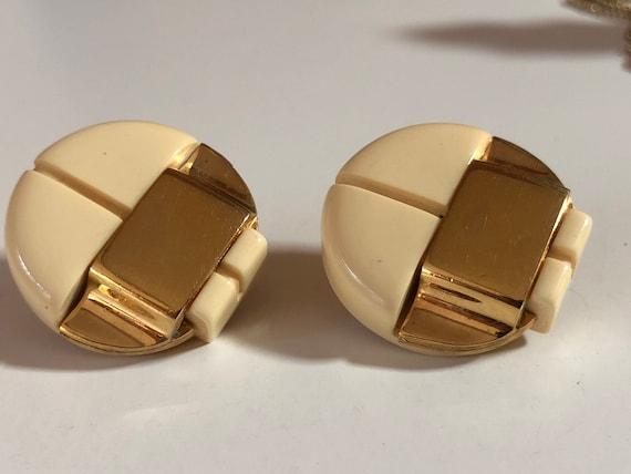 Lanvin Paris Ivory Lucite Vintage Clip On Gold Ea… - image 2