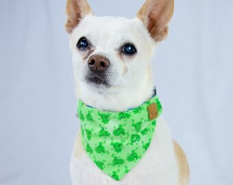 Sparkly Frogs Custom Reversible Dog Bandana, Slip-on Collar, Reversible Scarf, Green Made to Order