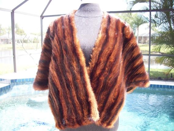 Vintage Brown/Caramel Fur Stole/Cape/Wrap/Shrug