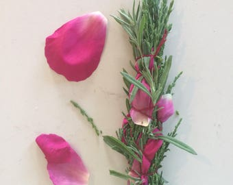 Limited Edition Mindful Summer smudge bundle with juniper, lavender and peony petals for energy clearing, cleansing, Reiki and meditation