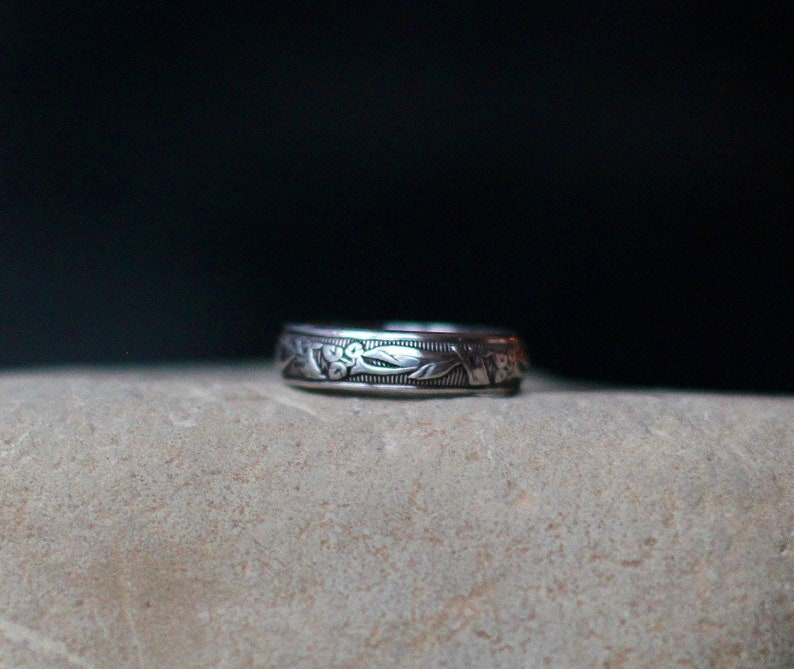 STERLING SILVER LILY Band  floral stack ring  floral ring  image 0