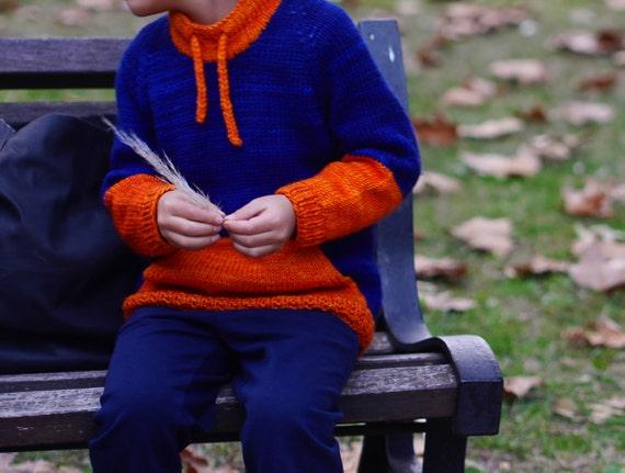 Ropa de muñecas Tejer patrón copia para hacer con Capucha Chaqueta Prem Bebé Tiny lágrimas