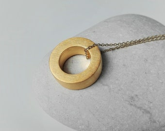 Gold Circle Necklace Minimalist Pendant 24K Gold Plated Hollow Form Round Necklace Everyday Modern Necklace Summer 2018 3D Geometric Pendant