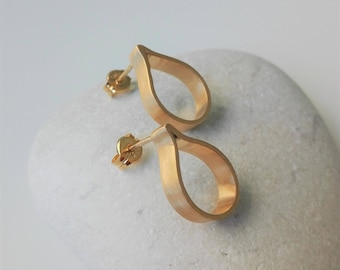 Dainty Teardrop Earrings Summer Sale 24K Gold Plated Modern Earrings Bridesmaid Gift Bridal Earrings Handmade Minimalist Stud Earrings 2018