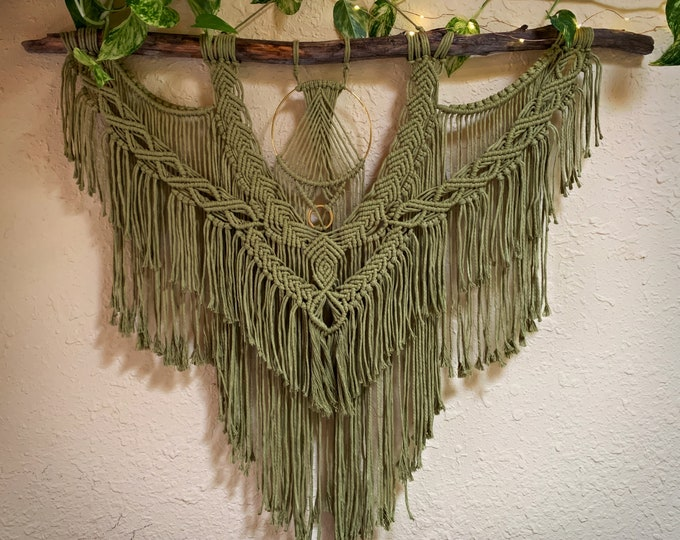 Featured listing image: Green Tea Macrame Wall Hanging