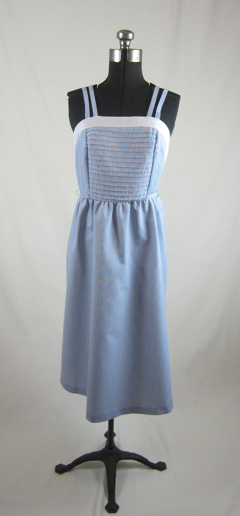 85bacf7205d0 1950 s Vicky Vaughn Junior Blue and White Cotton Rayon