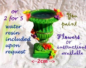 Dollhouse Miniature Planter Urn Garden Fountain Flower Pot