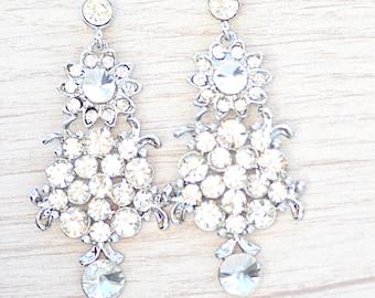 Crystal earrings. Wedding earrings. Earrings for bride to be. Bride earrings. sparkling earrings. crystal earrings. .