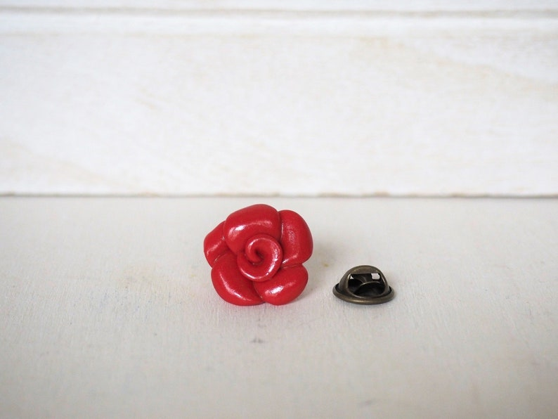 Rose Lapel Pin Rose in many colors Red Flower Lapel Pin image 0