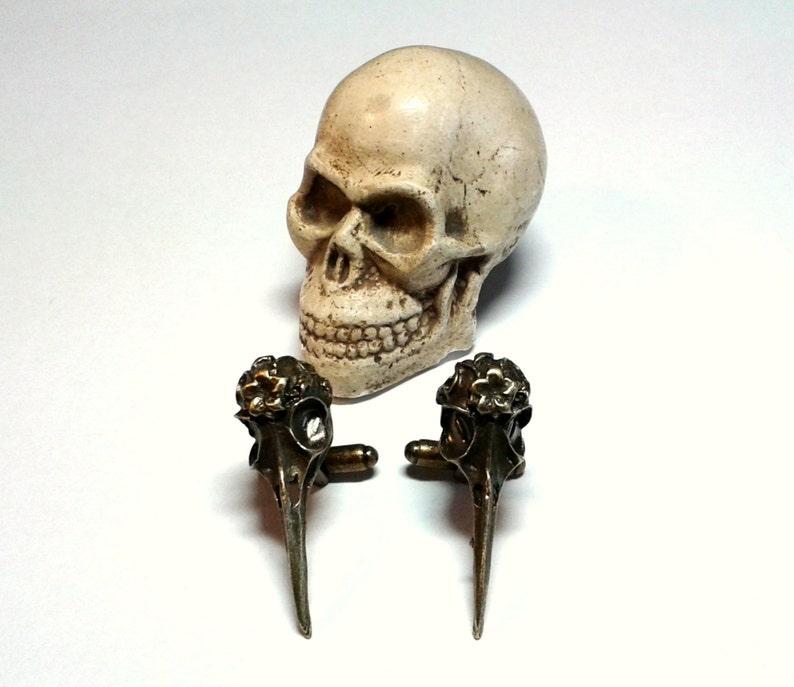 Raven Skull Cuff Links Mens skulls cufflinks Steampunk image 0