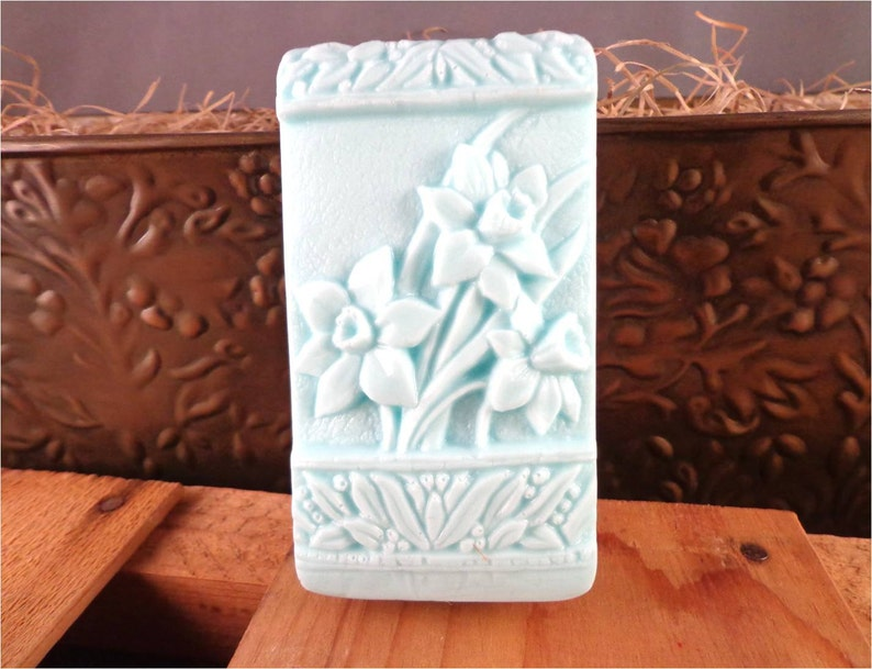 Flower Soap: Beautiful Daffodils on a Soap Bar Floral image 0