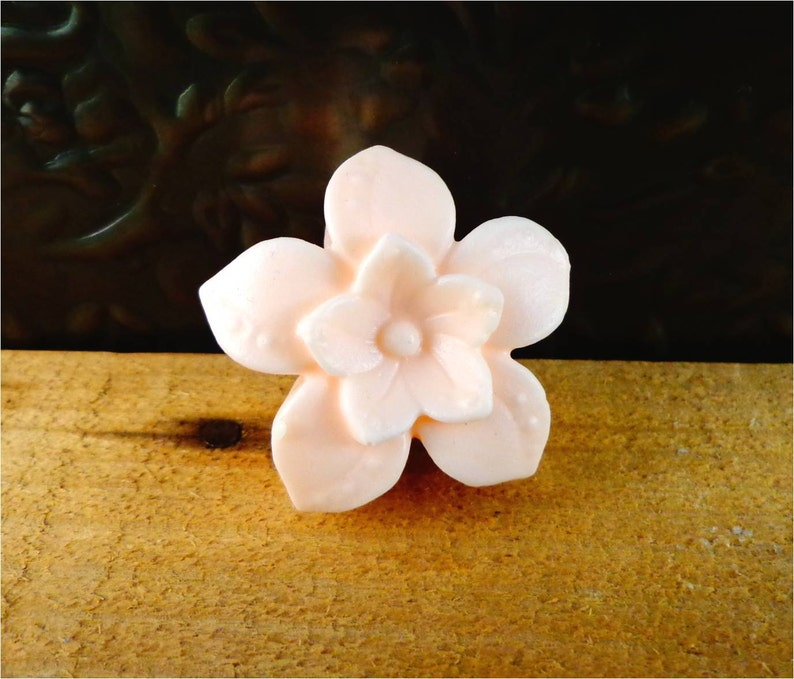 Little Flower Soap: Small Decorative Flower Guest Soap Bar image 0