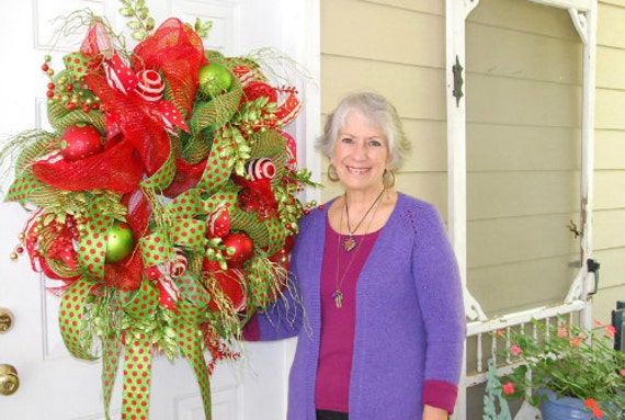 image 0 - How To Make A Christmas Wreath With Mesh