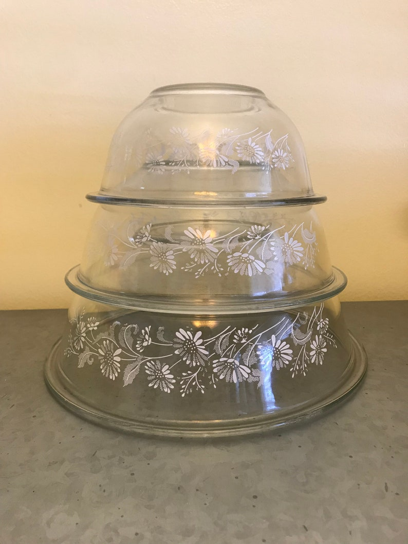 Pyrex Set of 3 Colonial Mist White on Clear Nesting Mixing Bowls ~ Pyrex Mixing Bowls ~ 1980 Pyrex