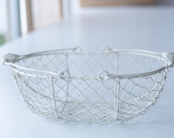 SALE • IMPERFECT • Ivory Wire Flower Girl Basket | Sale Basket | Flower Girl Basket | Wedding Decor | Wire Metal Basket | Small Flower Girl
