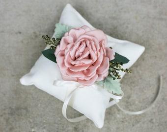 Ring Bearer Pillow | Rustic Wedding Ring Pillow | Ivory Linen-look Wedding Ring Display | Floral Pillow | Greenery Pillow | Ring Cushion