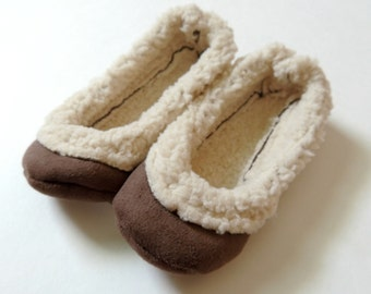Handcrafted Sherpa Slippers - Mother Daughter Slippers - Tan Sherpa Slippers  - Family House Slippers - Gift for Mom