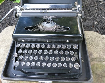 "Antique rare 1930's Royal touch control model ""O"" portable typewriter with case"