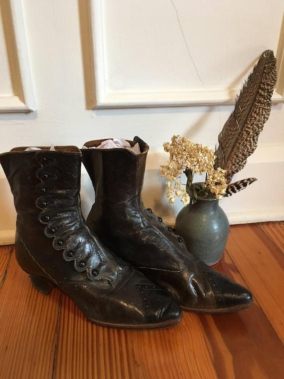 Antique Victorian Edwardian high button boots