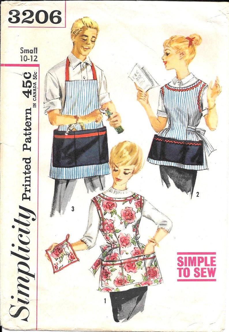 LOVELY VTG 1950s TIC TAC TOE APRON /& POTHOLDER Sewing Pattern SMALL