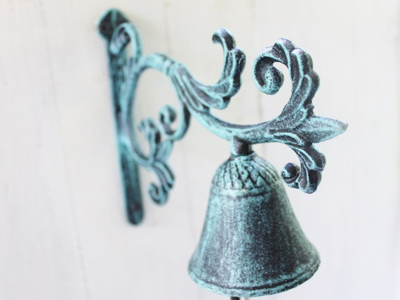 Cast Iron Welcome Bell with Bird Wall Mounted Dinner Bell with Patina Finish