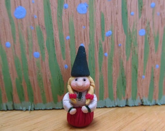 Female Forest or Garden Gnome - 1:12 scale