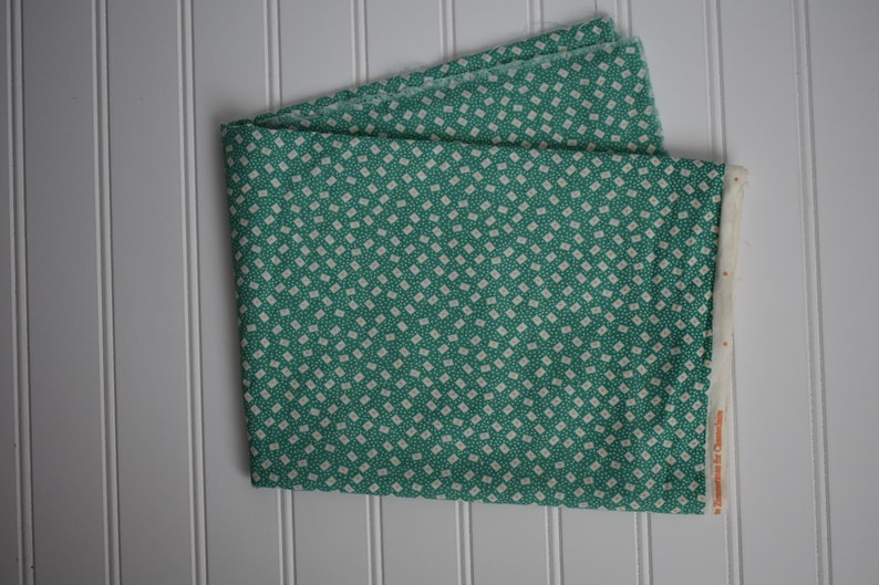 Vintage Fabric  Short Cuts  Pastel Green  1930 reproduction image 0