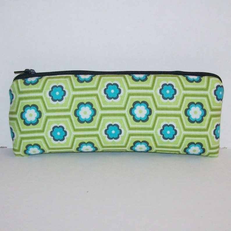 Floral Zipper Bag - Padded Pipe Pouch - Glass Pipe Case - Vape Pen Bag -  Smoke Accessory - Stash Bag - Stoner Girl Gifts - 7 5