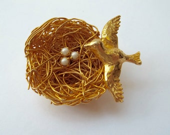 Vintage Bird Nest Brooch Signed Jeanne