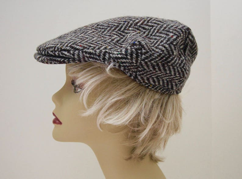 8faa51e2c9dd6 Vintage Black Grey Wool Tweed Newsboy Cap Hanna Hats Donegal