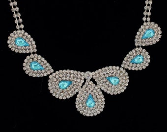 Beautiful Blue crystal rhinestone necklace with silver plated setting