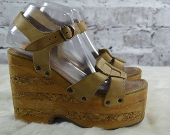 0cc59fc0934 vintage 1970s Impo Casual Mega Platform Wood Cork Leather Ankle Strap  Sandals 9