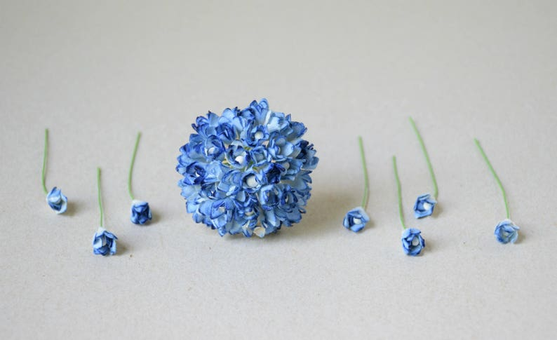 10 mm    30 Mixed White and  Blue   Paper Flowers Gypsophila with Pollen  Paper Flowers