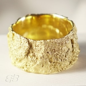 Gold plated ring,Fairmined silver gold plated ring,Textured gold,Ethical jewelry,Fair-trade silver Gold plated,Nako,Contemporary,Fair Jewel,