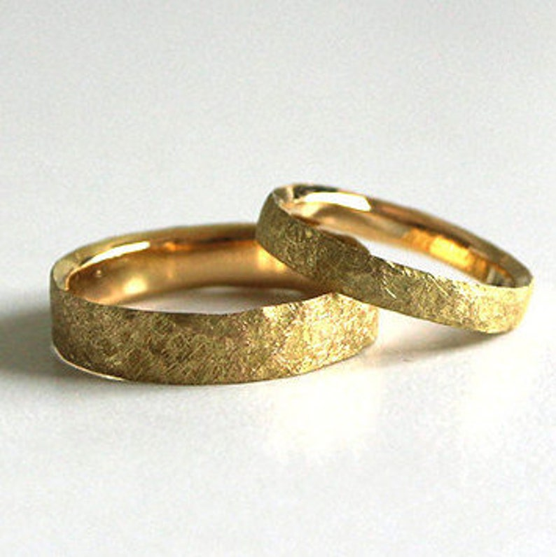 5099933ffbebf Wedding bands in gold fairmined-eco-responsible gold 14k or