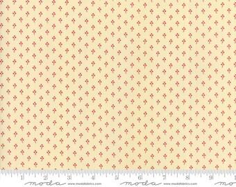 Farmhouse Reds by Minick & Simpson - Three Petal Flower - Ivory  - Moda 14856 13