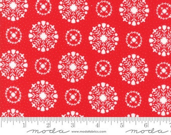 Vintage Holiday by Bonnie and Camille - Christmas Snowflakes - Red - Moda 55166 11