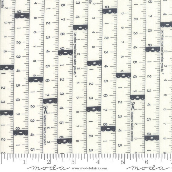 Bonnie /& Camille petits bouts de mesurer deux fois gris 55181 26 Quilting Cotton
