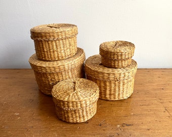 Woven Sweetgrass Basket with Lid set of 5 nesting