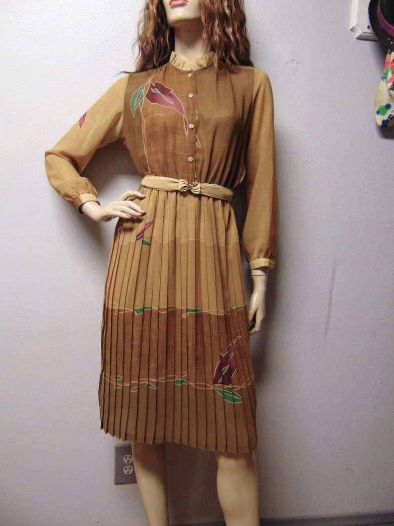 Vintage 70/'s Semi Sheer accordion pleated dress with ruffle collar  Sz Small